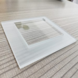 Ultra Clear Stepped Tempered Glass